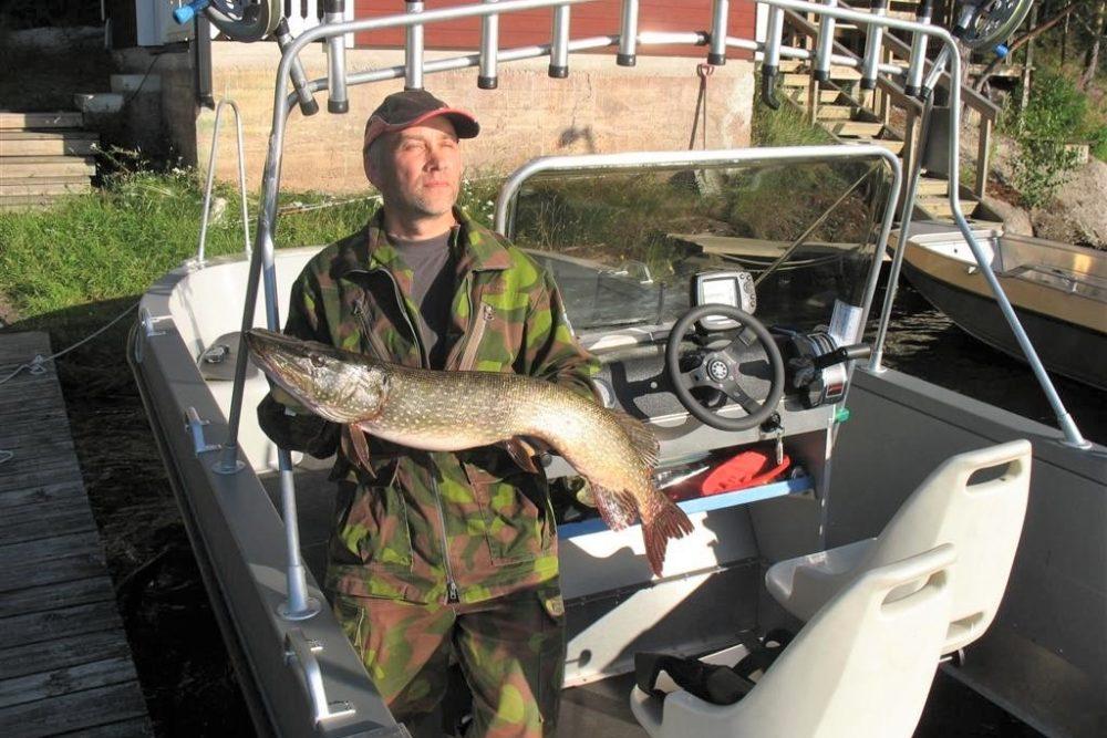 Yli-Kaitalan lomakeskuksen kalastusopas, Iitti