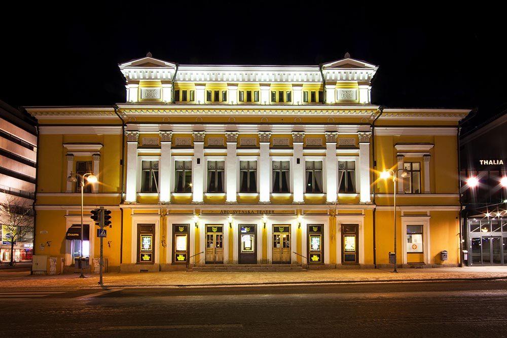 Åbo Svenska Teatern, arkkitehti Carl Ludvig Engel. Kuva: Åbo Akademin säätiö