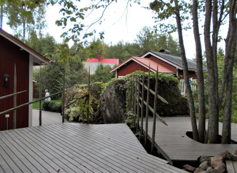 Vanhojen talojen, puistojen ja kukkapihojen sekä taiteen ystävien viikonloppu Loviisassa ja Strömforsin ruukissa Ruotsinpyhtäällä 5