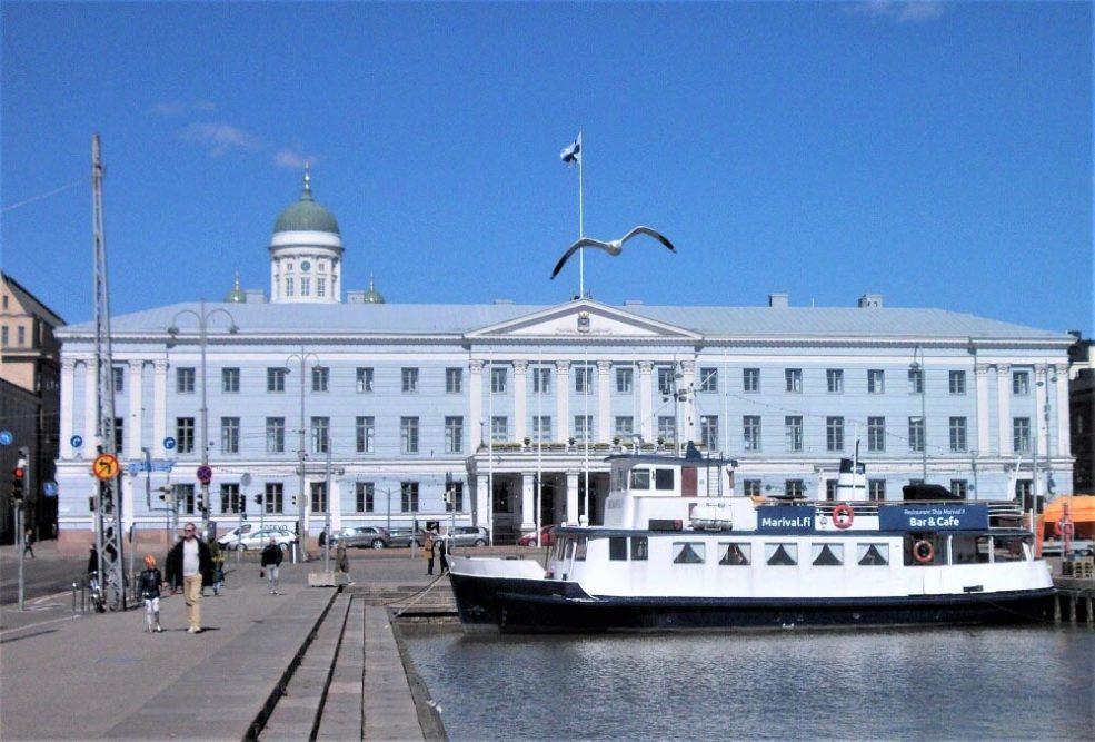 Arkkitehti Carl Ludvig Engelin elämäntyötä esittelevä valokuvanäyttely Moision kartanon päärakennuksessa 4.10.2020 saakka 2