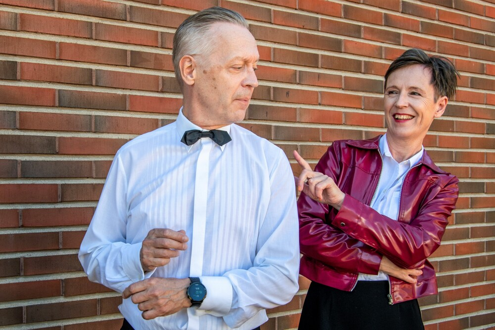 Kuusankosken Teatterin kesänäytelmä tarjoilee rakkautta ja ravintolaelämää Kuusankoskitalon ulkonäyttämöllä 1