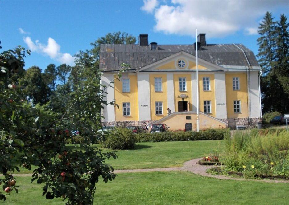 Loviisan kaupunginmuseo Kommendantintalo
