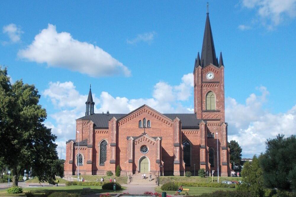 Kulttuuritien reittialueen kirkkoja 1